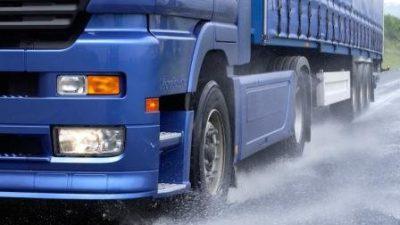 Zimówki do ciężarówki? Niekoniecznie!
