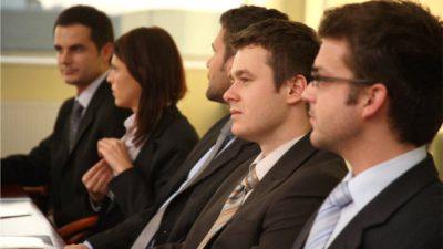 Spowolnienie dynamiki rynku pracy w I kwartale  2012 r.