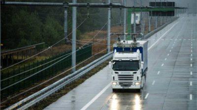 Scania testuje elektryczne ciężarówki na drogach