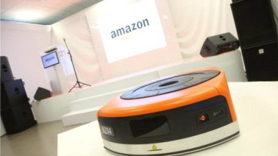 Roboty w Centrum Logistycznym Amazon