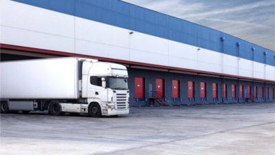 Współpraca z dostawcą usług logistycznych