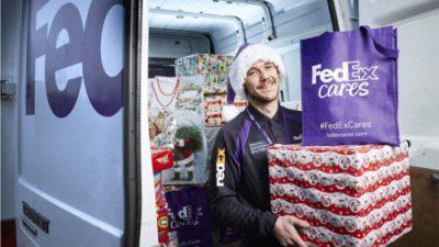 FedEx pomaga Świętemu Mikołajowi dostarczyć dzieciom prezenty