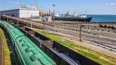 Kolejne wzrosty przewozów koleją