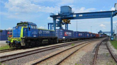 920 platform kolejowych dla PKP Cargo
