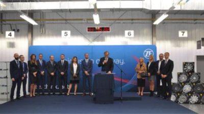 ZF otworzyło w Częstochowie nową halę produkcyjną