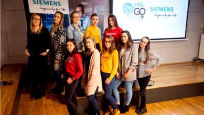 """Siemens dołącza do projektu Mercedes-Benz: """"Girls Go Technology"""""""