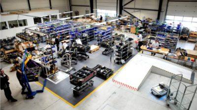 Mobile Industrial Robots rozpoczyna współpracę z Faurecią