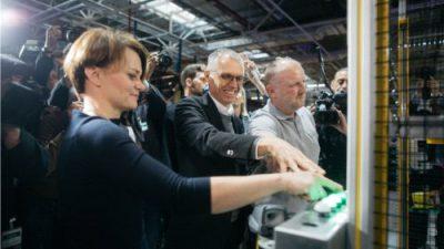 PSA rozpoczyna w fabryce w Tychach produkcję silników