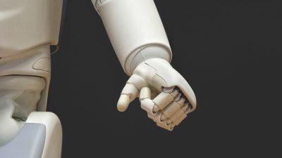 Cobots: kolejna rewolucja w logistyce?