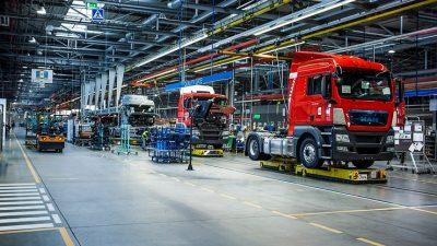 Fabryki motoryzacyjne postoją dłużej