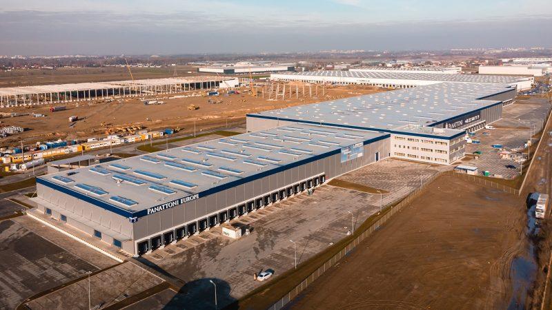 Inteligentny dach w budynkach ROHLIG SUUS Logistics