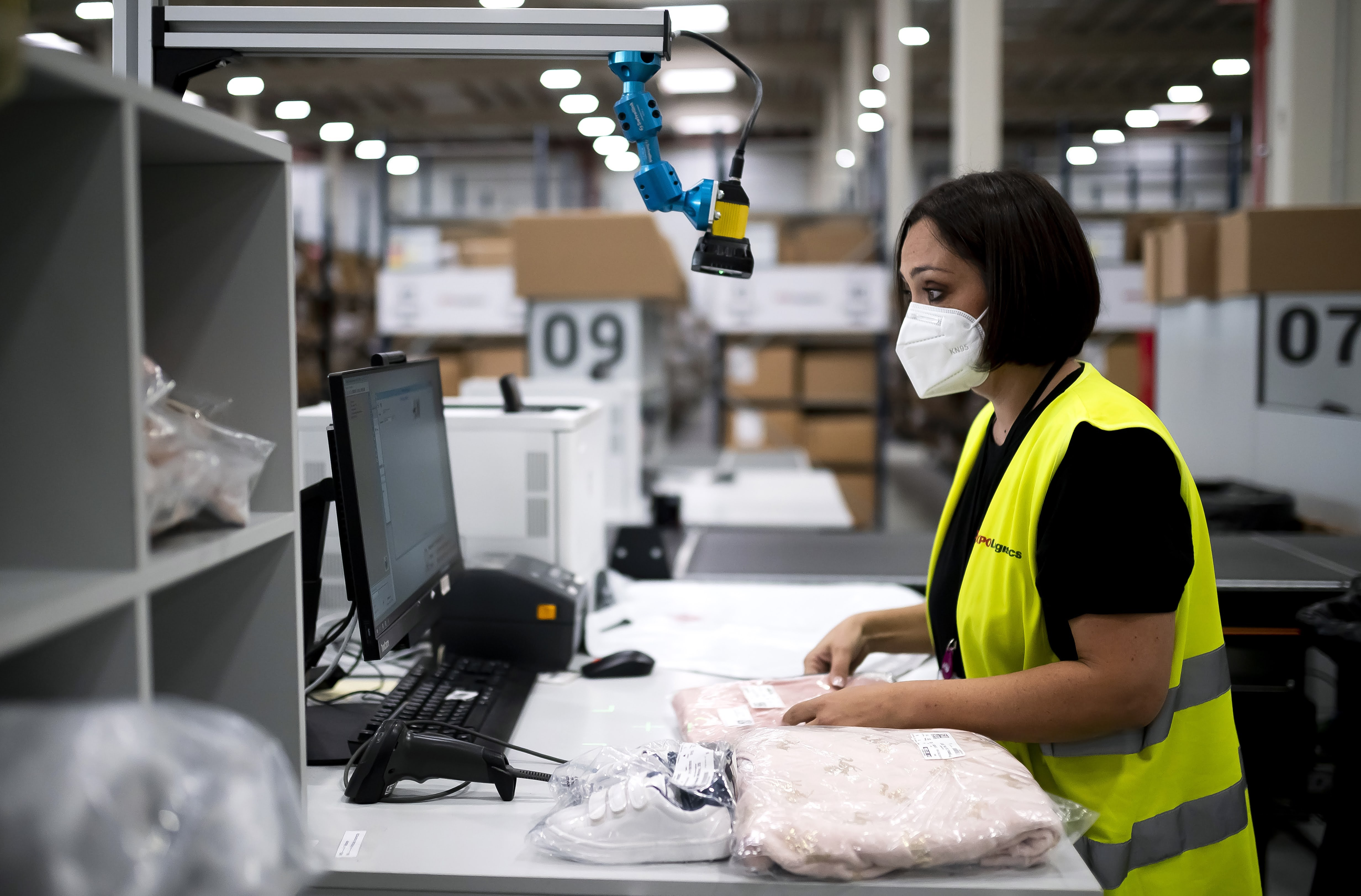 XPO Logistics zwiększa produktywność i bezpieczeństwo w magazynach e-commerce