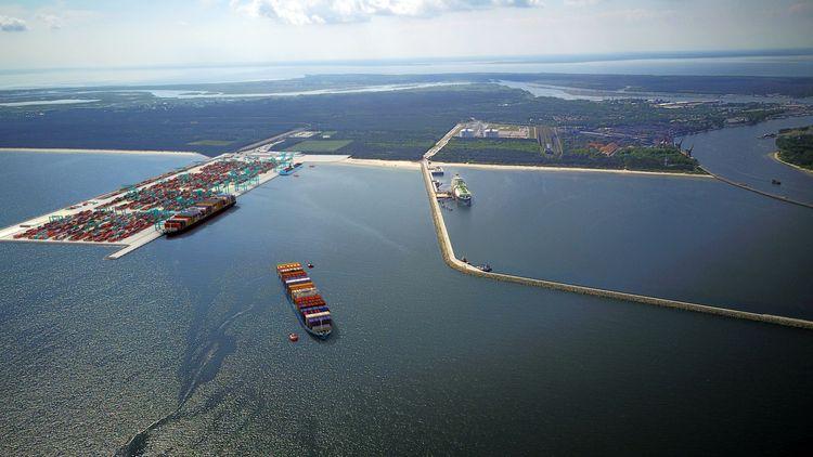 Świnoujście i projekt terminalu kontenerowego