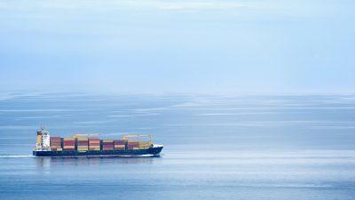Rozbieżności między podażą a popytem na transport morski powodują wzrost cen