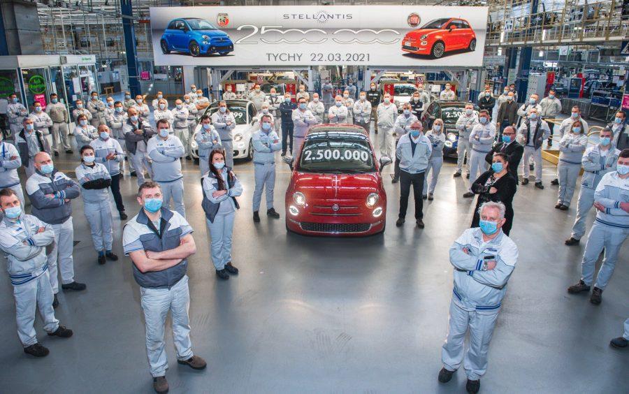 2.5 mln Fiatów 500 z Tych