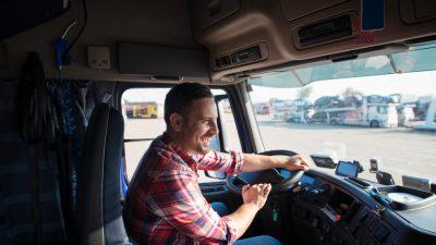 Jak się zmieniało centrum dowodzenia kierowcy?