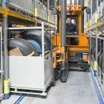 Wózki systemowe VNA serii STILL MX-X skutecznie obsługują systemy regałowe wysokiego składowania i regały wspornikowe.
